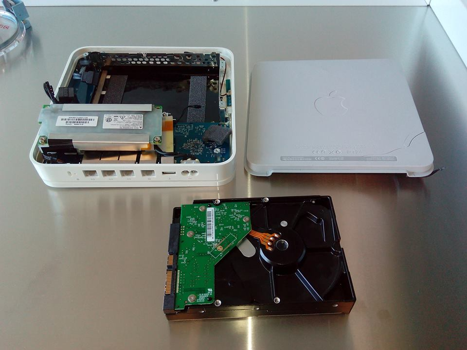 Time Capsule A1409 Data Recovery (MD032LL/A) (Mid 2011) | Creative IT London