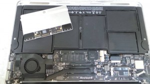 MacBook Air A1465 Liquid Damage Repair (11-inch, Mid 2013) (MD712LL/A)